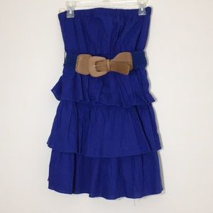 💜 NWT. Strapless tiered ruffle dress. Size:M